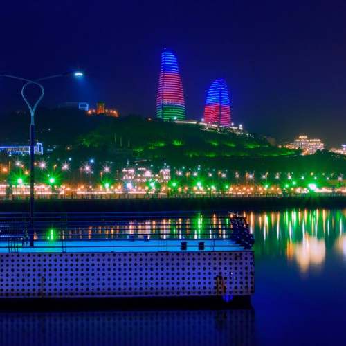 Night color of the Baku Boulevard